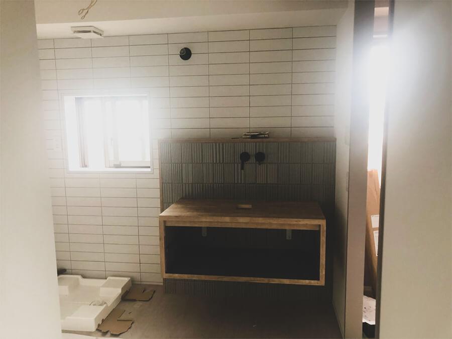 こだわりの造作洗面台