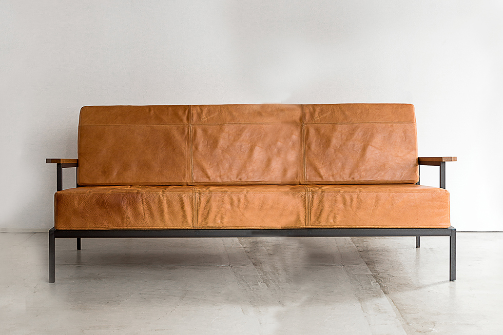 LEATHER SOFA 3S